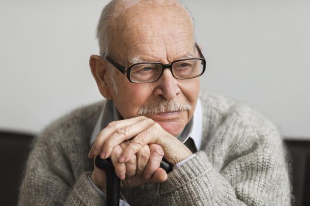 PRÉVENIR LE RISQUE SUICIDAIRE – Chez la personne âgée